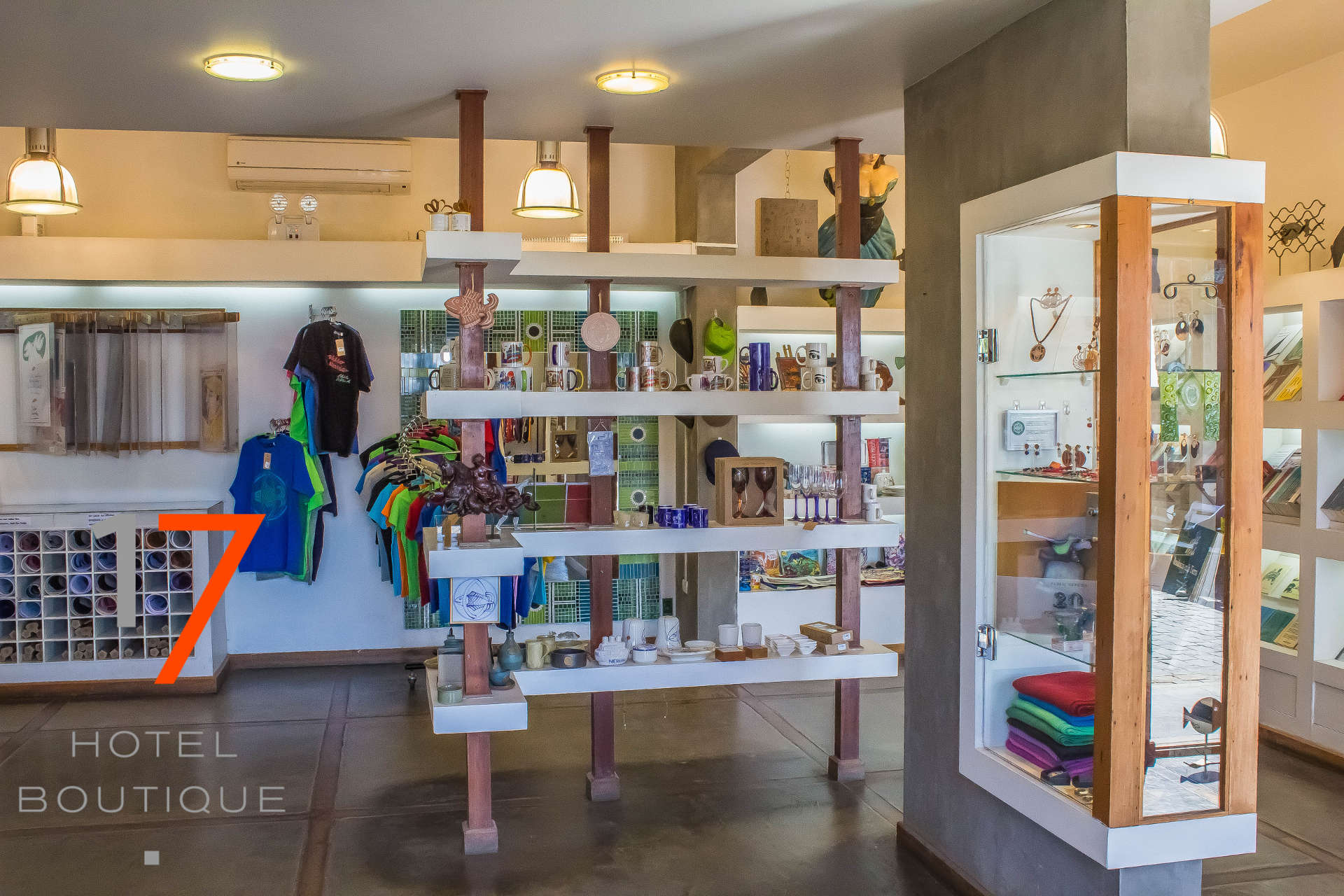10. La Sebastiana Store